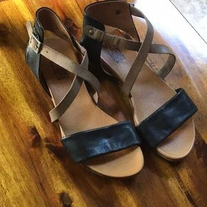 Awesome Miz Mooz Amanda leather sandals